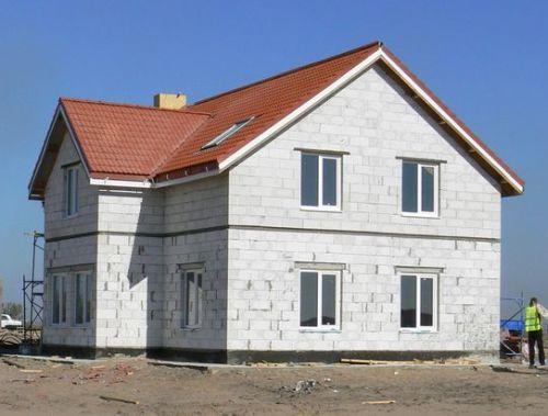 Как построить дом из газобетонных блоков?